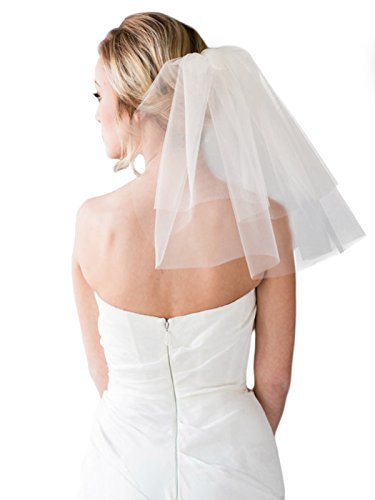 (Aukmla Short Bridal Veil Shoulder Length with Comb Wedding Veil Soft Tulle Simple Single Tier Veil, 40 CM (Ivory))