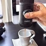 WACACO-Nanopresso-Macchina-Caffe-Portatile-Mini-Espresso-Portatile-Senza-Custodia-Protettiva-Versione-di-Aggiornamento-Per-Minipresso-Operazione-Manuale-Macchina-da-Caffe-Piccola-per-Viaggi