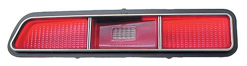 Auto Metal Direct W-484 Tail Light Lens