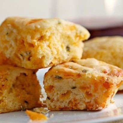 Callies Charleston Biscuits Cheese And Chive (Cheese Biscuits Best)