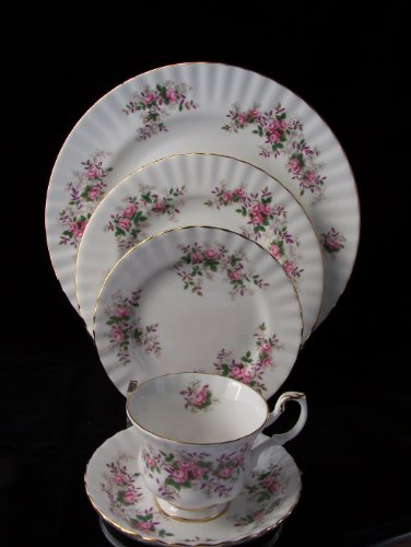 (Royal Albert Lavender Rose 5 Pcs Place Set)