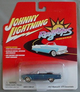 Johnny Lightning Ragtops 1967 Plymouth GTX Convertible BLUE -