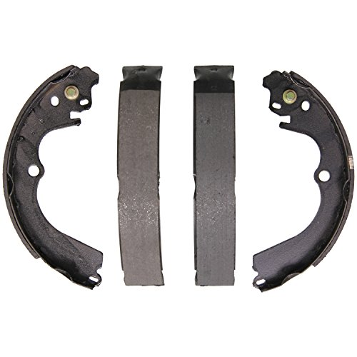 (Wagner Z676 Brake Shoe Set, Rear )