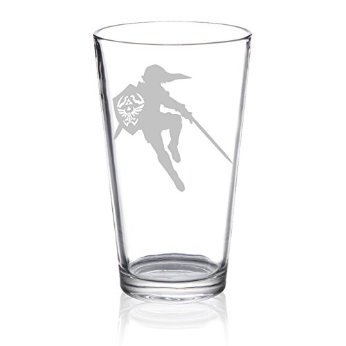 The Legend of Zelda – Link with Sword Silhouette – Etched Pint Glass