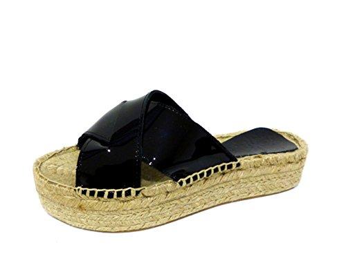 Chika10 Chicago 04 Sandale Compensée Sandale Noire En Cuir Verni Noir