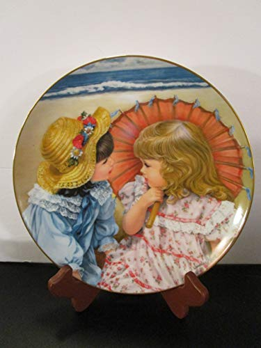 Sandra Kuck Reco Summer Secrets Collectible Plate