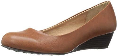 CL by Chinese Laundry Womens Marcie Wedge Pump Cognac Smooth