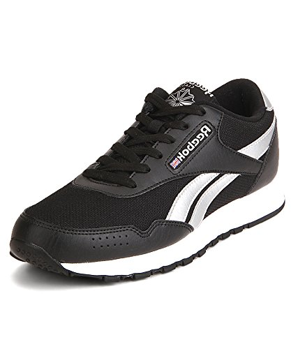 fcff1067e Reebok Men s Black   Silver Classic Protonium Running Shoes  Buy Online at  Low Prices in India - Amazon.in