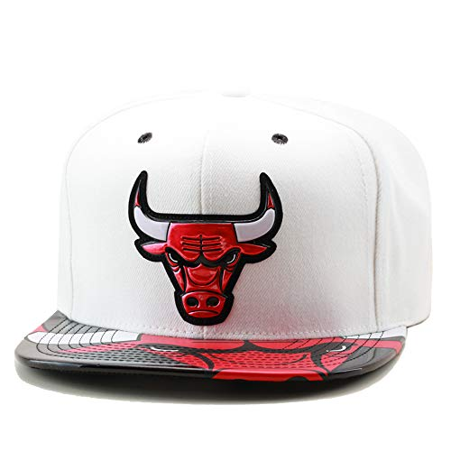 Mitchell & Ness Chicago Bulls Snapback Hat Cap White/Black Foil & Team Logo