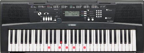Yamaha EZ-220 – Teclado digital portátil de iniciación, con 61 teclas retroiluminadas sensibles a la pulsación y 392…