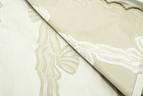 The bedspread's Lightweight Double Satin Beige Cotton Bows Damask 260x270 ref. Rebrodé Embroidered