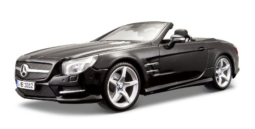 Maisto 1:18 Scale 2012 Mercedes-Benz SL 500 Convertible Diecast Vehicle (Colors May Vary)