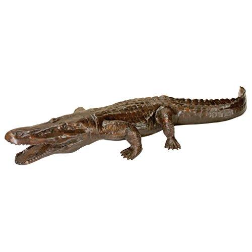 Design Toscano Prowling Alligator Cast Bronze Garden Statue