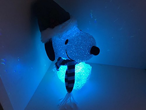 COLOR CHANGING WINTER SNOOPY WITH HAT AND SCARF LIGHTS UP 8