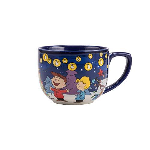 Hallmark 6MJC2833 Charlie Brown Christmas Coffee Mug, One Size, Peanuts Gang String of Lights