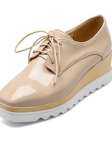 ZQ hug Zapatos de mujer - Tacón Cuña - Cuñas - Tacones - Casual - Semicuero - Negro / Blanco / Almendra , white-us8 / eu39 / uk6 / cn39 , white-us8 / eu39 / uk6 / cn39 white-us5.5 / eu36 / uk3.5 / cn35
