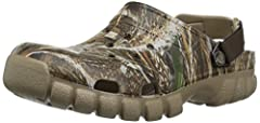 For the outdoors enthusiast who refuses to sacrifice comfort for rugged good looks, you get it all here. The uncompromising Crocs comfort that you know and love gets a second-edition Realtree graphic update, and you control your uniqu...