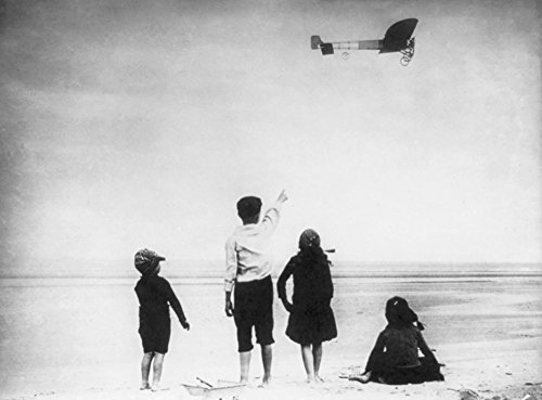 - Watching Louis Bleriot Flying Plane - Vintage Photograph (9x12 Fine Art Print, Home Wall Decor Artwork Poster)