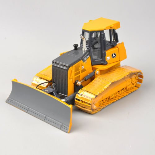 Squirt Finding Nemo Costume (1/50 Scale Ertl John Deere 850K Dozer Diecast Collectible Model Prestige Series)