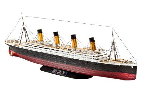 Revell of Germany RMS Titanic Plastic Model Kit
