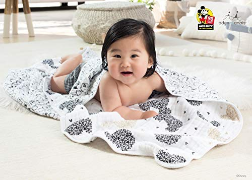 Aden single Anais Classic Swaddle Wrap Mickey/'s 90th Scatter Metallic