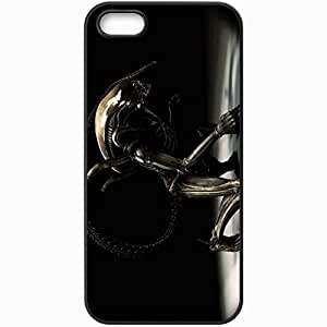 Personalized iPhone 5 5S Cell phone Case/Cover Skin Alien Movie 12421 Black