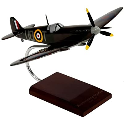 Mastercraft Collection Supermarine Spitfire Model Scale:1/32