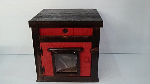 Custom Large Heated Outdoor Cat House by STABOB'S HANDCRAFTED PET HOUSES