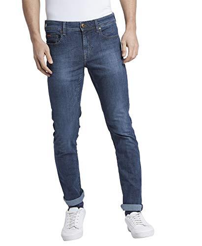 Lee Cooper Men's Denim Slim Jeans 2021 August Care Instructions: Machine Wash Fit Type: Slim Made of 97% Polyester & 3% Lycra