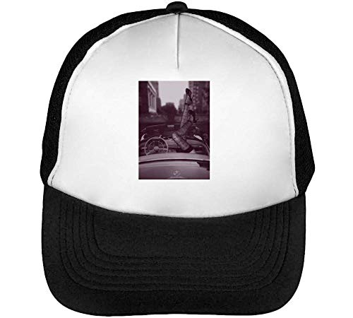 Driving In Retro Style Muscle Car New York 1970S Gorras Hombre Snapback Beisbol Negro Blanco