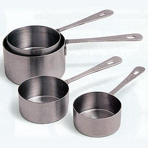 Amco Measuring Cup Set - Standard sizes