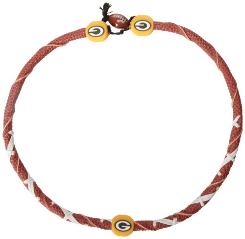 (NFL Green Bay Packers Classic Spiral Football Necklace)