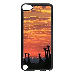 SnowPageboy- Protection Case Cover for iPod 5th Generation - Giraffe