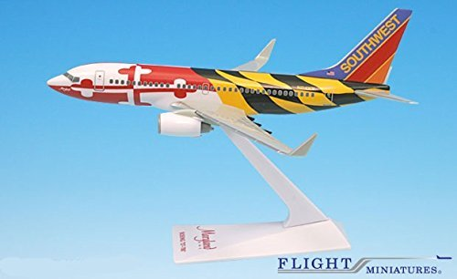 "Southwest ""Maryland"" 737-700 Airplane Miniature Model Plastic Snap Fit 1:200 Part# ABO-73770H-023"