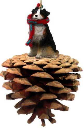 Pastor australiano Tricolor de adorno de Navidad con piñas atracado: Amazon.es: Hogar