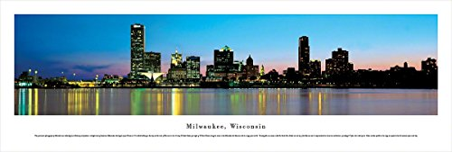 Blakeway Worldwide Panoramas Milwaukee, Wisconsin - Blakeway Panoramas Unframed Skyline Posters,