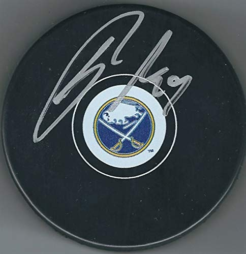 Autographed Jason Pominville Buffalo Sabres Hockey Puck