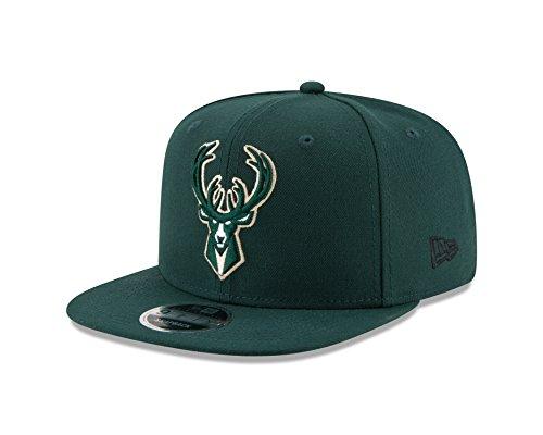 New Era NBA Milwaukee Bucks Men's 9Fifty Original Fit 2Tone Snapback Cap, One Size, Dark Green]()