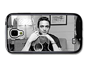 AMAF ? Accessories Johnny Cash Black and White Portrait with Acoustic Guitar case for Samsung Galaxy S4 Kimberly Kurzendoerfer