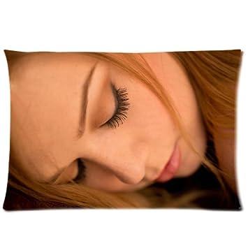 Amazon.com: Alaina Fox fundas de almohada personalizado ...