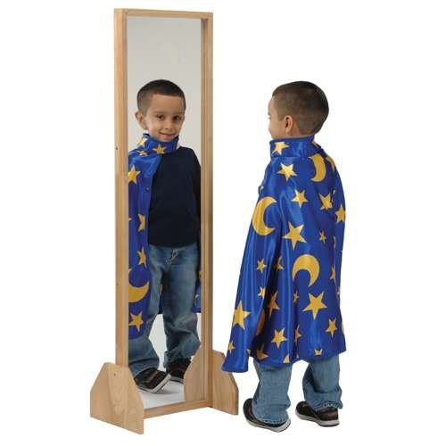 Distortion-Free Mirror by Constructive Playthings