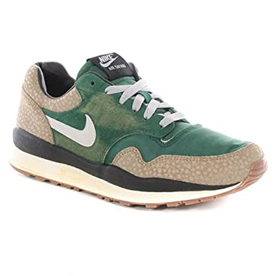 850907aad251 ... Nike Air Safari Vintage Shoes - Gorge Green-Bamboo Mens 8.5 (UK) Amazon  ...