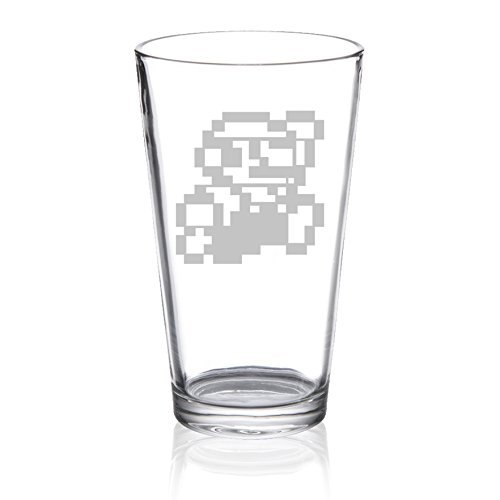 (Super Mario Bros - 8bit Mario - Etched Pint Glass)