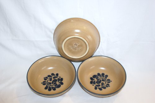 Set of 3 - Vintage Pfaltzgraff Pottery Folk Art Cereal Soup Bowls 6 1/2 Inch