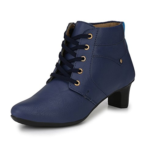 Alexa Women's Classic Boot