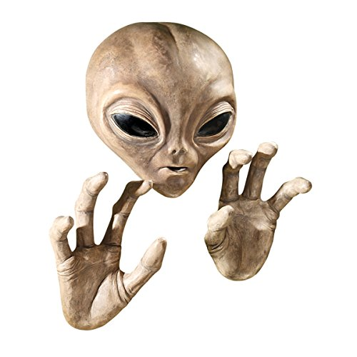 - Design Toscano Roswell The Alien Plaque