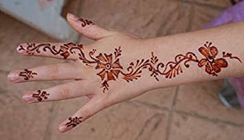 Amazon Com Home Comforts Laminated Poster Hand Henna Mehendi Girl