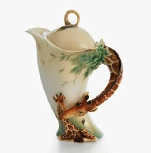 Franz Porcelain Endless Beauty Giraffe Design Sculptured Porcelain Teapot