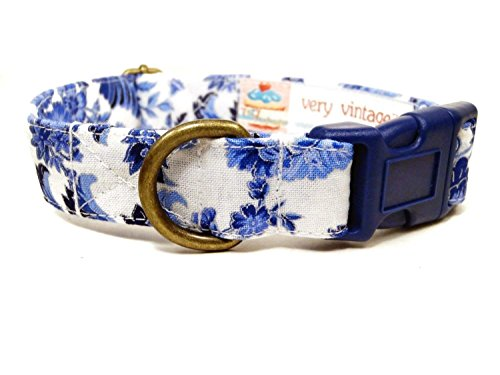 Very Vintage Design The Royals Dog Cat Collar White Navy Blue Damask Floral British Vintage Floral Organic Cotton Pet ()