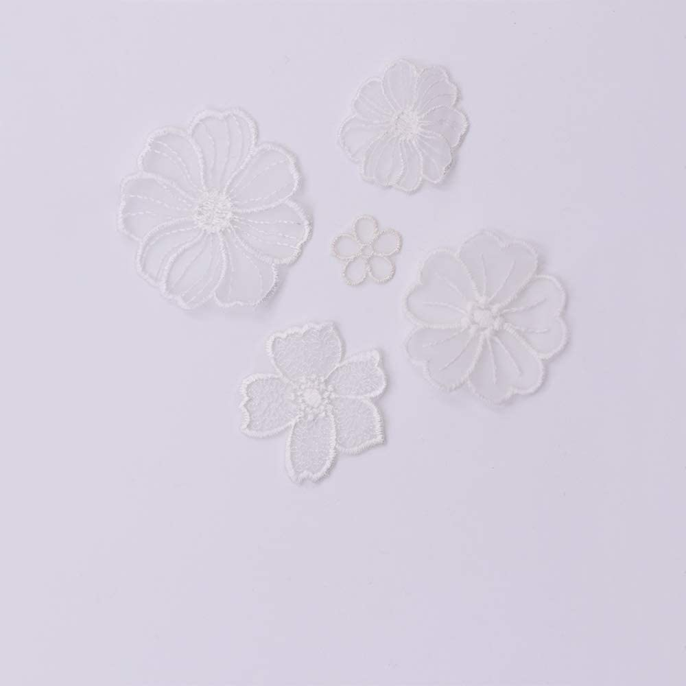 18 Pcs Embroidery Lace Flower Iron On Patches Appliques for Decoration,Floral Embroidery Applique,Repair of Clothing Backpacks Jeans Caps Shoes Creamy White